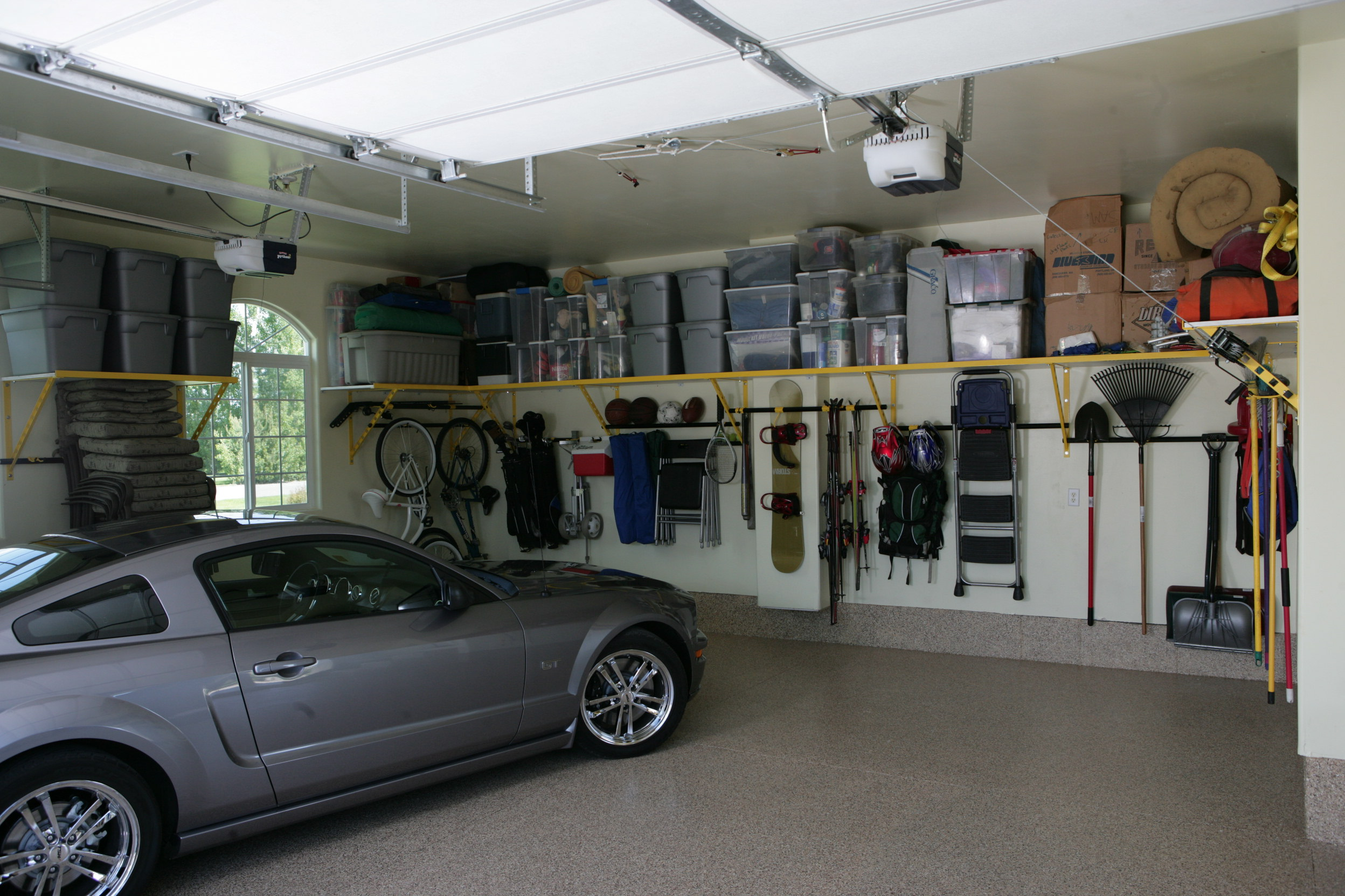 Missouri city garage shelving